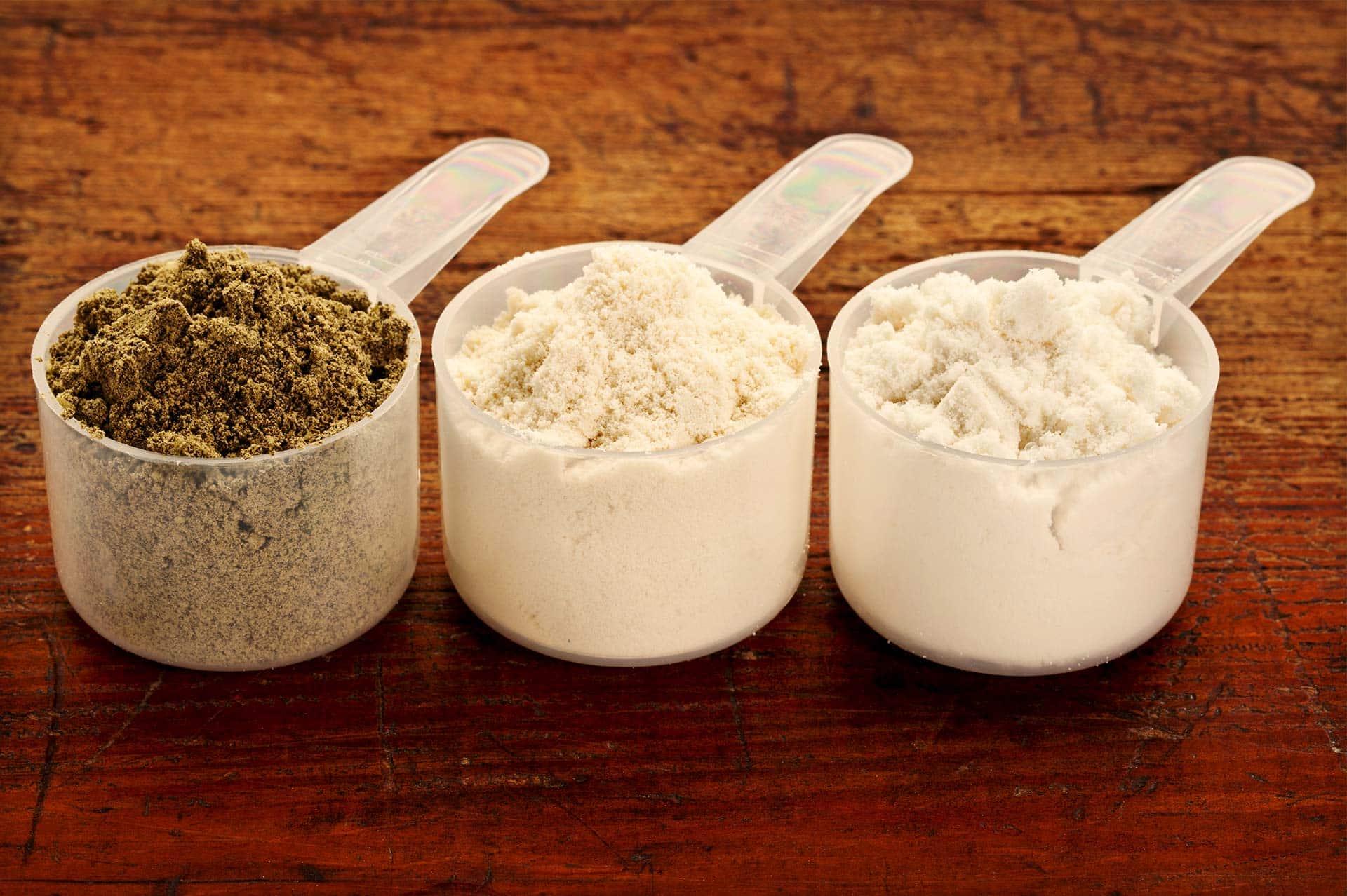 best keto protein powder scoops of powder