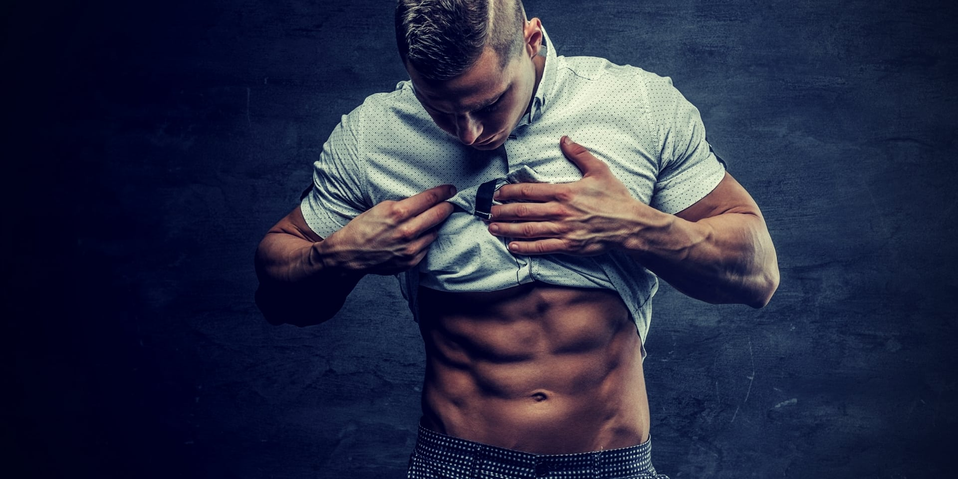 How to Lose Stubborn Belly Fat Fast & Get to Single Digit Body Fat athletic man showing six pack